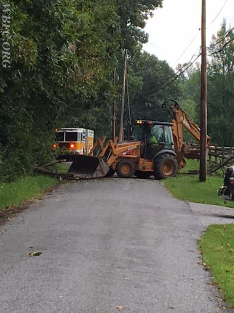 Newlin Twp clearing the tree after PECO made the area safe.